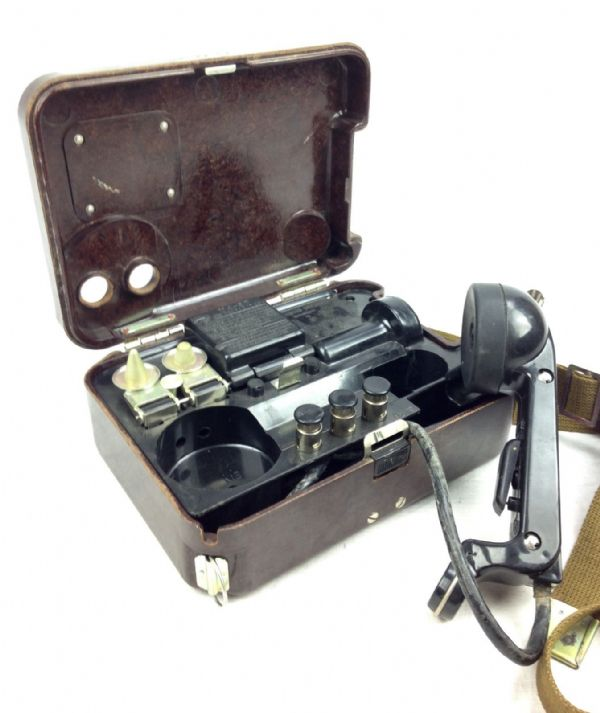 Russian Army Field Telephone - Bakelite Cased 1950's Collectable - Morse Code